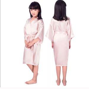 Light pink kimono robe fits size 10-12